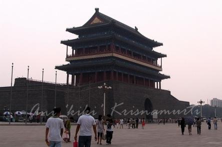 tiananmensquare -front gate