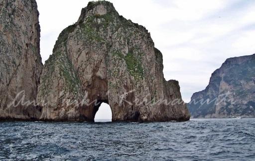 limestone-faraglioni-mezzo