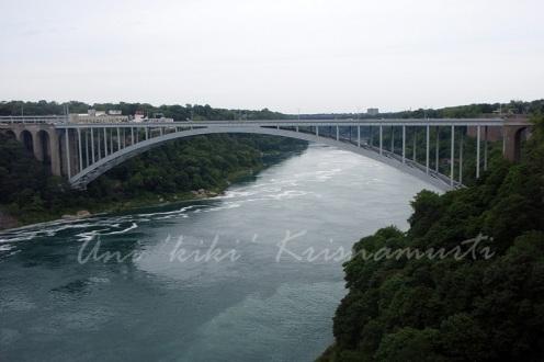 rainbow bridge -connects U.S and Canada.