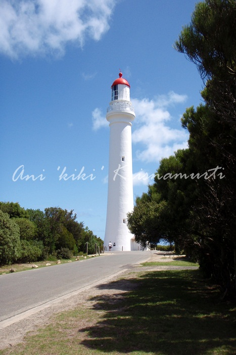 Aireys Inlet-Splitpoint Lighthouse-white lady