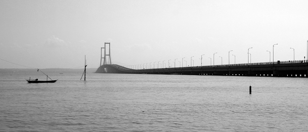 sby-5-suramadu bridge