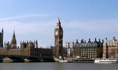 bigben,parliament house,thames river