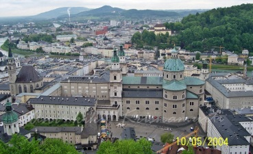 view from castle-Residenzplatz