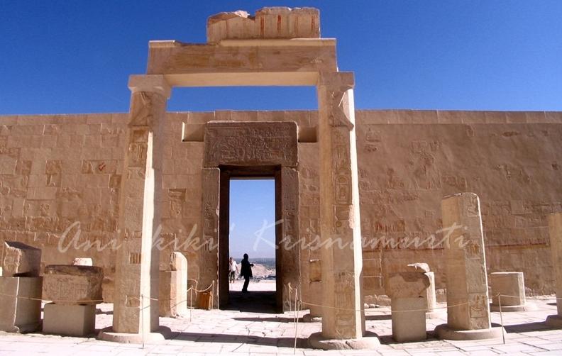 1.IMG_0253habsesut temple