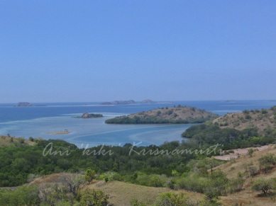 watujapi hill-overlooking 17 islands