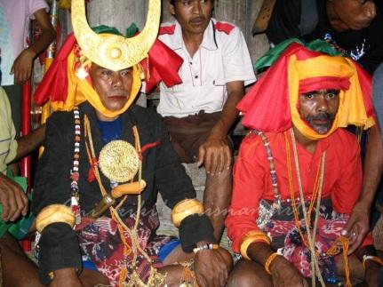Sumba-burial3
