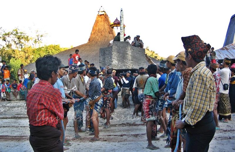 Sumba-burial7