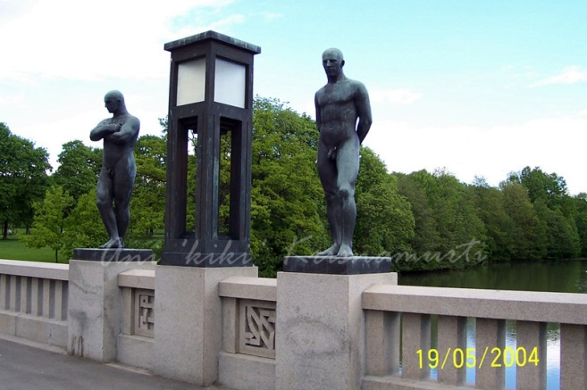 life sized statues by Gustav Vigeland