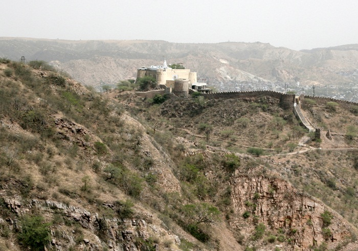 View of Aravalli Hills from Jaigarh Fort