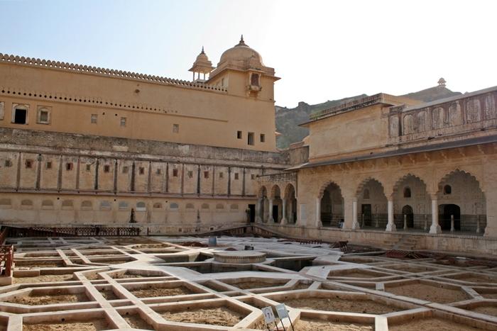 mughal gardens
