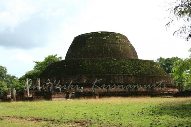 pabula vihara--the 3rd largest pagoda