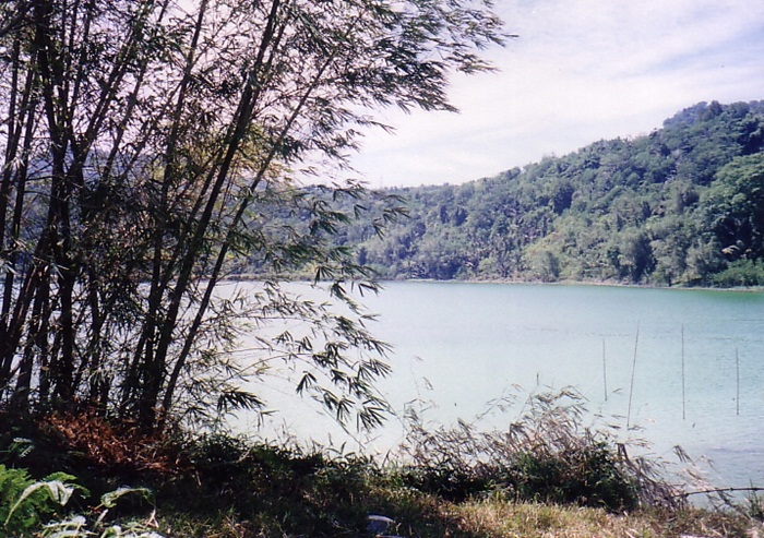 lake lahendong