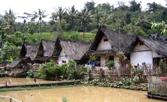 kampung naga-traditional village