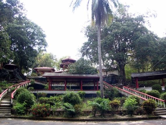 manggar- kwan im temple
