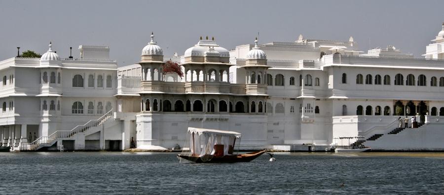 lake palace (jag niwas)