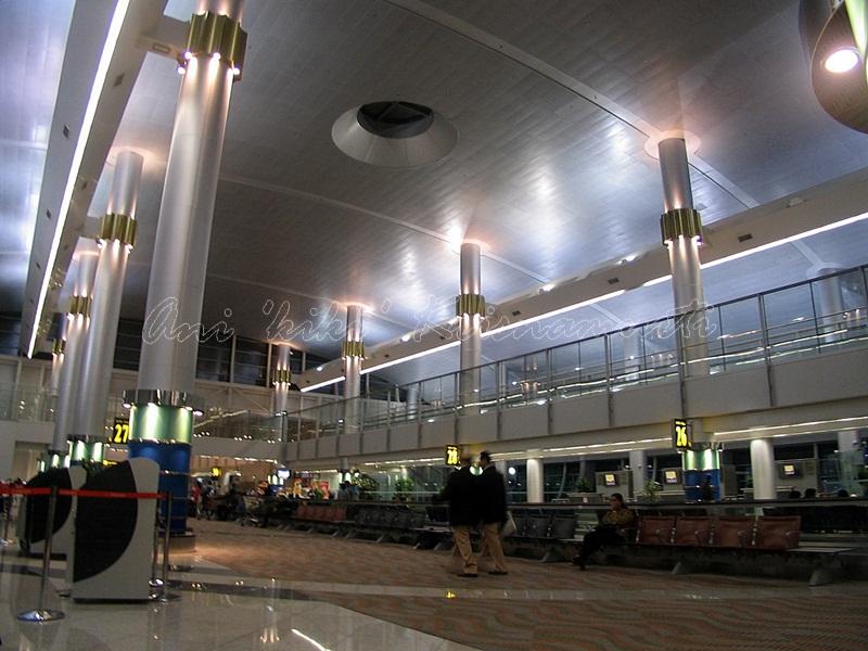 dubai airport, 2007