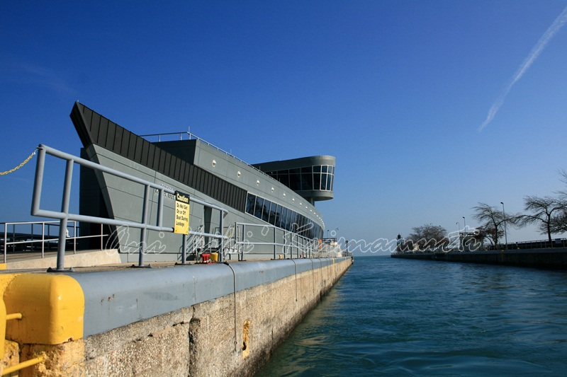 chicago harbor lock-where the Chicago River meets Lake Michigan