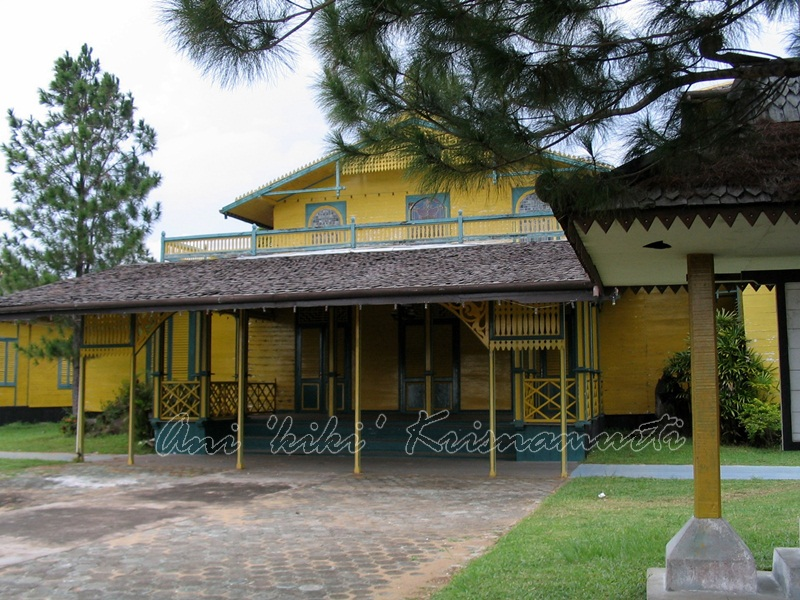 ketapang-matan palace