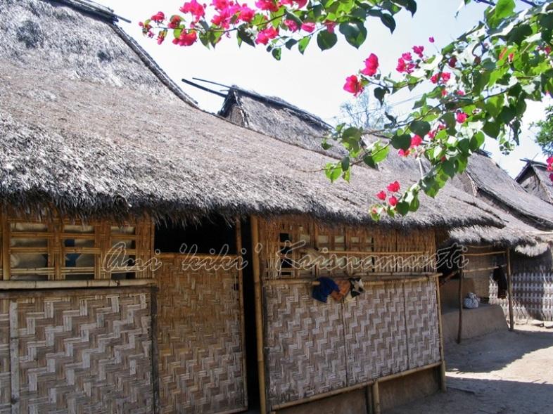 traditional sasak house