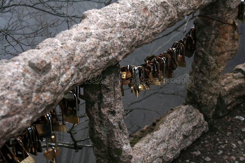 lover locks