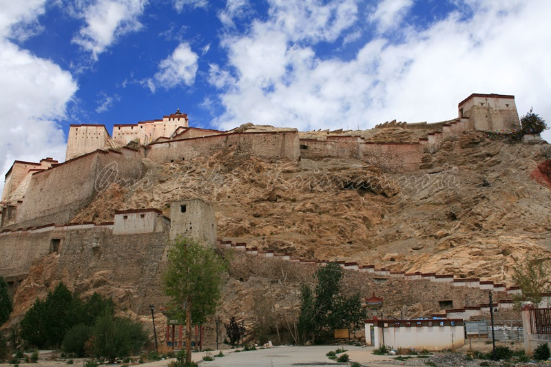 54.BGyantse Dzong-old fort