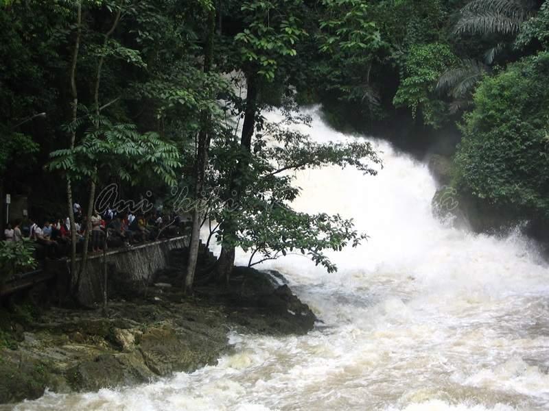 bantimurung falls