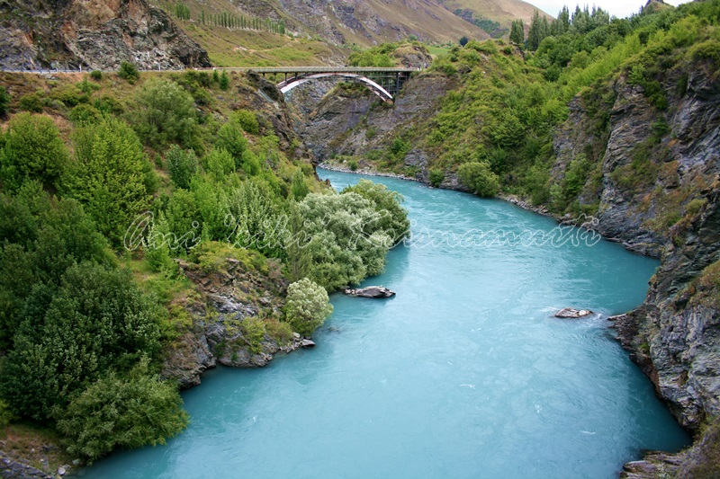 kawarau river, new zealand