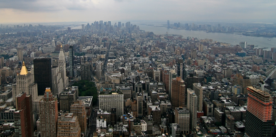 NYC from observation deck, 86th fl, empire state building