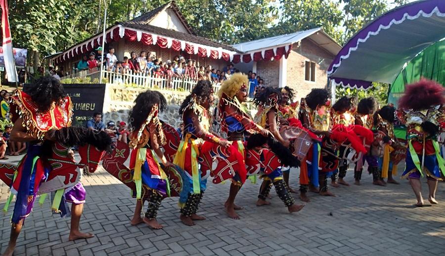jathilan dance