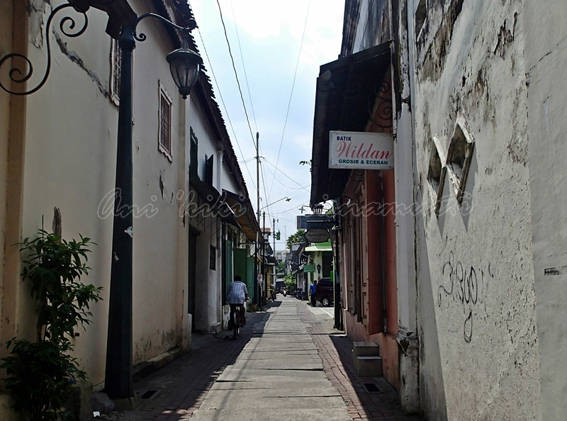 kauman, batik village